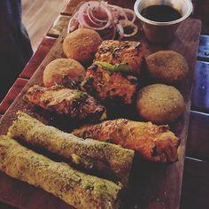 Last nyt meal ..... And yes it's veg.....  #foodi #hunger #foodhub #lunch #paneer #homemade #homecooked #wantmore #masti #delhiwale #sogood#tweet