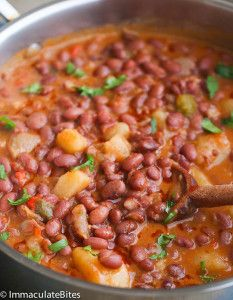 Puerto Rican Style beans – A hearty red beanssimmered in an aromaticsauce withbig bold flavors. Quick Easy and Simply Delicious. If you like a an easy yet tasty meat free beans then, you might think this Puerto Rican Beans is about the most delicious beans to cook up. It's a hearty stew of red beans, …