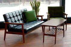 Love this furniture. Eames inspired, hard to find! 1960s Furniture, Futuristic Furniture, Mid Century Furniture, Vintage Furniture, Cool Furniture, Furniture Design, Furniture Stores, Home Interior Design, Interior Architecture
