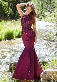 6d6b701149a 1552 Best Long Dresses images in 2019