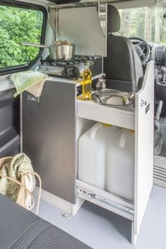 Minivan Camping, Truck Camping, Camping Hacks, Camping Gear, Oregon Camping, Diy Camping, Camping Survival, Camping Equipment, Survival Tips