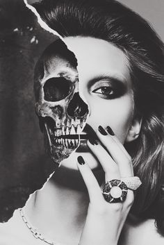 Portrait Drawing The skull is very well proportioned with the woman's head in this picture. The black and white also makes the picture blend better and look more real. The way her hair and makeup has been done compliments the skull. Photomontage, Half Skull, Fotografia Macro, A Level Art, Gcse Art, Vanitas, Skull Art, Girl Skull, Skull Head