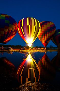 Air Balloon Rides, Hot Air Balloon, Balloon Glow, Expo 67 Montreal, Beautiful Places, Beautiful Pictures, Amazing Places, Grove City, Air Ballon