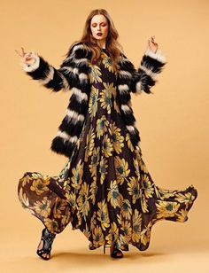 GLAMOUR ITALIA MAGAZINE SEPTEMBER 2015 EDITION 70'S STYLE EDITORIAL WITH DONNA LOOS PHOTOGRAPHED BY COSIMO BUCCOLIERI