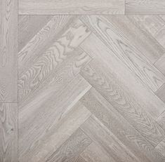 Grey Wood Floors, Wood Tile Floors, Grey Flooring, Hardwood Floors, Wood Parquet, Herringbone Laminate Flooring, Herringbone Wood Floor, Hallway Flooring, Living Room Flooring