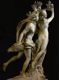 Apollo e Dafne di Gian Lorenzo Bernini, 1622-25. (E pensare che è marmo...) pic.twitter.com/YNqkg1PgOY  Galleria Borghese