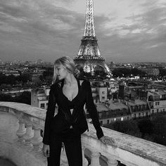 Au revoir, Paris! So grateful for everything I got to be a part of this Fashion Month and for all the friends & fashion fam I got to spend it with...