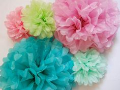 Dorm DIY to hang on fishing line or bakery twine from the ceiling, in theme colors.