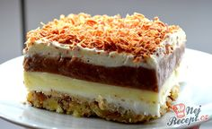 The extra creamy, delicious, sweet and delicious dessert . Köstliche Desserts, Delicious Desserts, Cake Recipe Using Buttermilk, Sweet Recipes, Cake Recipes, Cake & Co, Pie Dessert, Mousse Dessert, Pudding Cake