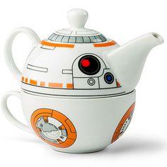 Das BB-8 Tee-Set besteht aus einer Teetasse und einer Teekanne die aufeinander gestapelt werden. Das Set ist ein offiziell lizensiertes Star Wars Produkt. -