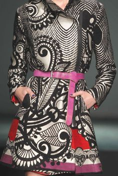 patternprints journal: PATTERNS AND PRINTS INTO CATWALKS FROM BARCELONA FASHION WEEK /2