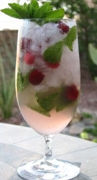 Cranberry Mojito Cocktail Recipe | Holidays at Wynn Las Vegas