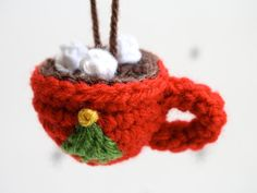 Crochet Hot Cocoa Christmas Ornament = Tree, Marshmallows, Hot Chocolate  (start with a crochet circle for hot chocolate)