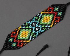bead weaving patterns for bracelets Peyote Stitch Patterns, Bead Loom Patterns, Jewelry Patterns, Beading Patterns, Color Patterns, Crochet Patterns, Beaded Cuff Bracelet, Beaded Anklets, Seed Bead Bracelets