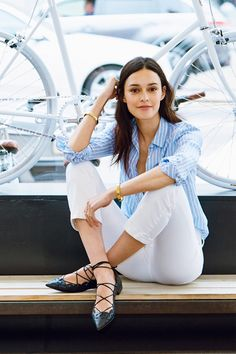 How It's Done: White Jeans. Juliana Rudell Di Simone of Tokyobike shows us three ways to style the summer classic (on a bike or off). See more at jcrew.com/blog