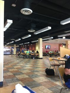 Great Community Gathering place here on campus at Blazer Dining! Always people in here!