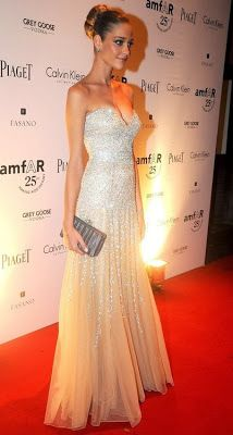 Amazing flattering silver sequins gown