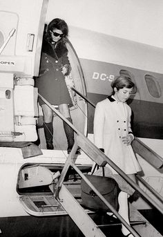 Jackie and Caroline Kennedy, 1969