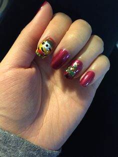 Minion Christmas nails 2