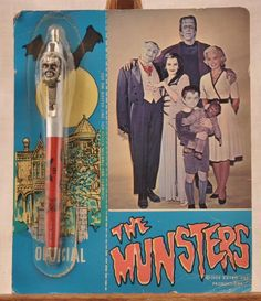 The Munsters pen on cool original card. Munsters Tv Show, The Munsters, Herman Munster, Famous Monsters, Scary Monsters, Monster Toys, Danse Macabre, Classic Monsters, Vintage Horror