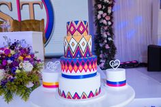 🦋 Beautiful Wedding Cake in Traditional Pedi colours this past weekend in Limpopo💕 _____________________________ _____________________________ #thedecordoctor #serurubelesamanyalo #theweddingbutterfly #sepedi #sepediweddingdress #sepediweddingcake #weddingcake #traditionalweddingcakes #sepedicolours #cakedesign #weddingdesign #eventdesign