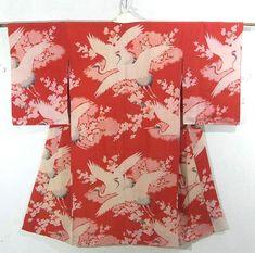 着物 #403167 アンティーク着物・中古着物のICHIROYA Kimono Style, Japanese Outfits, Japanese Language, Japanese Kimono, Kimono Fashion, Otaku, Floral Tops, Oriental, Asia