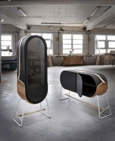 Luxurious Cabinets Hold-H - more furniture inspiration on http://www.stylingblog.nl