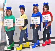How to make a Pete the Cat costume for Halloween - get easy DIY costume ideas for Pete the Cat, star of many books about shoes, groovy buttons, five pumpkins, & now a great costume idea for Halloween Costumes For Work, Book Costumes, Great Costume Ideas, Easy Diy Costumes, Book Week Costume, Group Halloween Costumes, Halloween Cat, Halloween Ideas, Literary Costumes