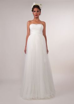 b6c58e1ba6 MARY suknie ślubne Kolekcja 2013 Wedding Dress Outlet