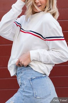 White Crew Neck Long Sleeves Sweatshirt
