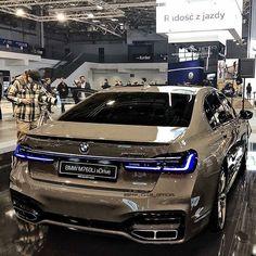 Luxury Sports Cars, Top Luxury Cars, Sport Cars, Best Suv Cars, Porsche 918 Spyder, Bmw Concept, Bmw Wagon, Lux Cars, Mercedes Car