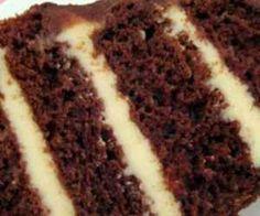 Receita de Bolo de chocolate com recheio trufado de maracujá - Show de Receitas
