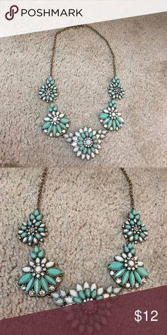 JCrew necklace So springy! J. Crew Jewelry Necklaces