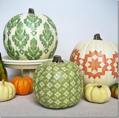 Seriously - this was done with photocopies of FABRIC!!  Wait 'til next fall - these will be all over my house!!