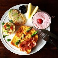 Kei Yamazaki @keiyamazaki Instagram photos | Webstagram - the best Instagram viewer Good Morning Breakfast, Breakfast Menu, Morning Food, Best Breakfast, Breakfast Recipes, Dinner Recipes, Brunch Menu, Cooking Recipes, Healthy Recipes