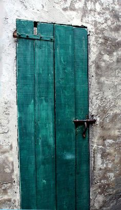 All the great doors seem to be abroad :-)