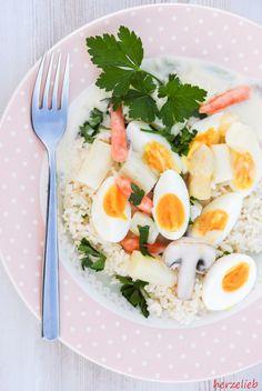 Spargel-Eierfrikasse zum Verlieben. Ganz einfach un dle leicht zuzubereiten. Darf nicht fehlen, wenn es um Spargel Rezepte geht!