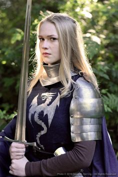 Oberonsson on Art — Dame Rachelle of the Silver Dragons - July Rpg Warrior, Warrior Girl, Warrior Princess, Warrior Women, Armadura Medieval, Female Armor, Female Knight, Medieval Armor, Medieval Fantasy