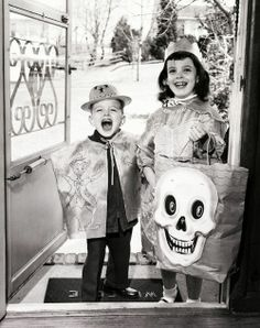 Trick or treat, smell my feet, give me something good to eat!!!! A vintage Halloween