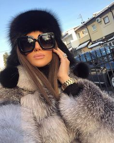 Image may contain: one or more people and outdoor Winter Fashion Outfits, Fur Fashion, Autumn Winter Fashion, Winter Outfits, Womens Fashion, Girly Outfits, Classy Outfits, Stylish Outfits, Cute Outfits