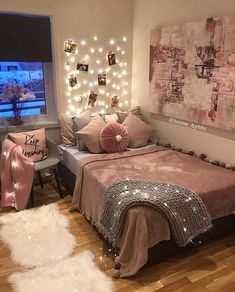 Cozy Teen Bedroom With A Platform Bed. Need some teen bedroom ideas for girls? C Cozy Teen Bedroom With A Platform Bed. Need some teen bedroom ideas for girls? C Cozy Teen Bedroom With A Platform Bed. Need some teen bedroom ideas for girls? Cozy Teen Bedroom, Room Ideas Bedroom, Bedroom Themes, Warm Bedroom, Kid Bedrooms, Trendy Bedroom, Bedrooms Ideas For Teen Girls, Modern Bedroom, Cheap Bedroom Ideas