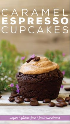 Caramel-frosted cupcakes with a caffeinated espresso kick! These rich indulgent cupcakes are vegan, gluten-free, oil-free, and sweetened with fruit. Vegan Cupcake Recipes, Best Vegan Desserts, Healthy Cake Recipes, Vegan Cupcakes, Healthy Vegan Snacks, Vegan Cake, Vegan Treats, Sweet Recipes, Delicious Desserts