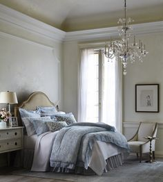 A restful sleep begins with beautiful bedding from @sferralinens