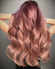 Rose gold ombré, long wavy hairstyle, gorgeous. pinterest: @maddiholk