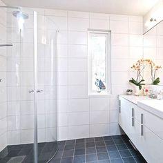 White Bathroom Tiles, White Tiles, Washroom, Toilet, Bathtub, Ceramics, Home, Bath, Standing Bath