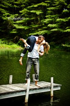 Engagement pics. White t and jeans cute