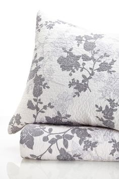 Quilt Bedding Blowout  Shadow Rose Quilt Set - Gray