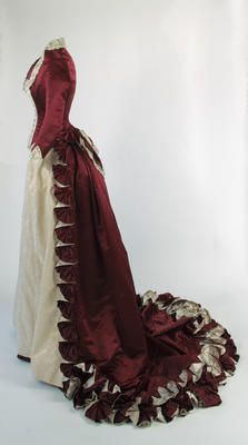 Vintage Dresses, Vintage Outfits, Vintage Fashion, Vintage Clothing, Victorian Gown, Victorian Ladies, Fashion Through The Decades, 1870s Fashion