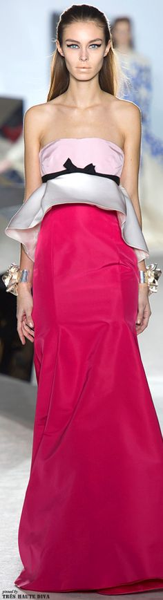 Giambattista Valli Spring 2014 Couture http://www.vogue.com/fashion-week/spring-2014-couture/giambattista-valli/runway/#