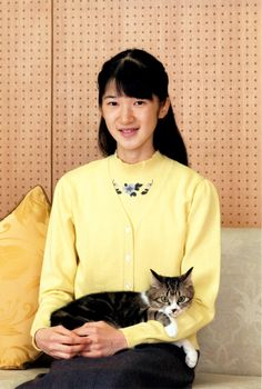 asahi:  Princess Aiko of Japan, shown here with her cat Seven, celebrated her 15th birthday, December 1, 2016 (b. December 1, 2001)